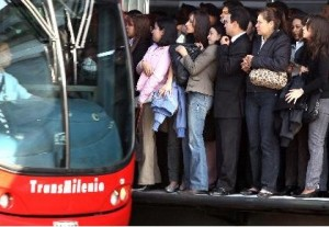 The daily wait for our beloved TransMilenio
