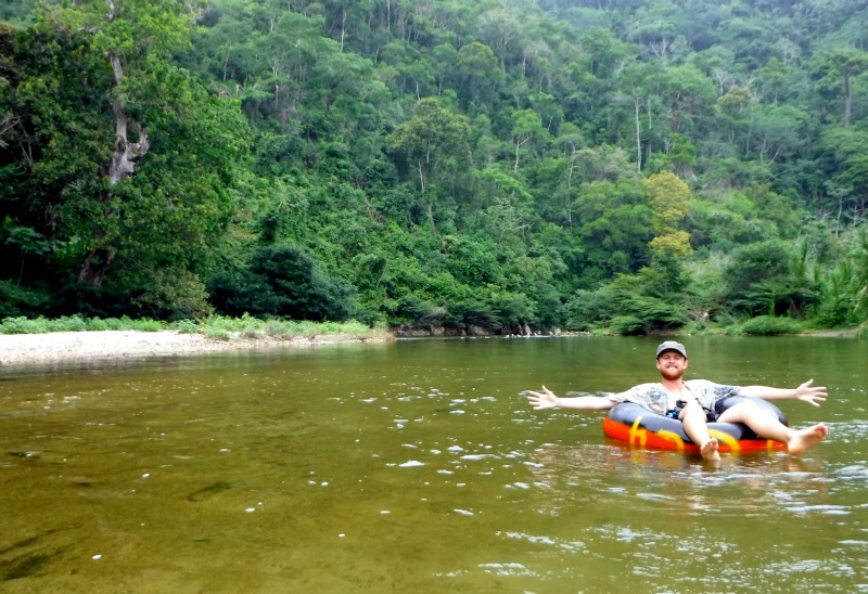 Who S quot how to colombia quot go tubing in palomino colombia travel by see colombia travel