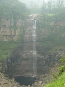 Lo que deberia ser una espectacular cascada en las afueras de Bogotá (Cortesia Bogotá 2011)