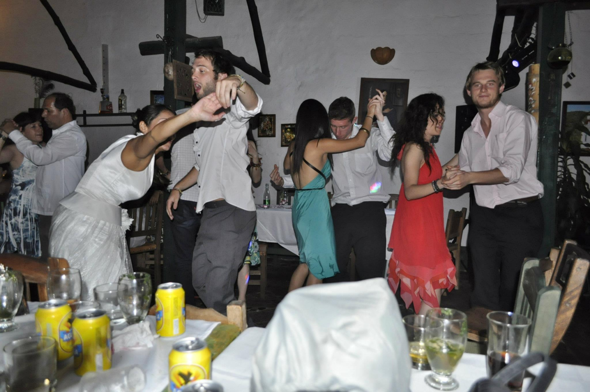 who pays for the wedding in colombia