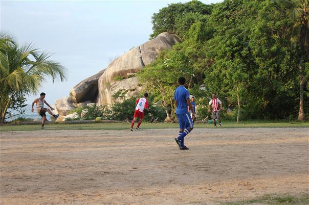 Steve playing football in Tayrona