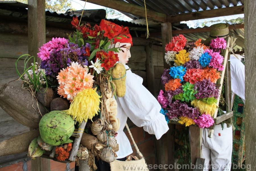 Tambien hicimos un breve tour por Santa Elena donde aprendimos sobre la cultura de los silleteros