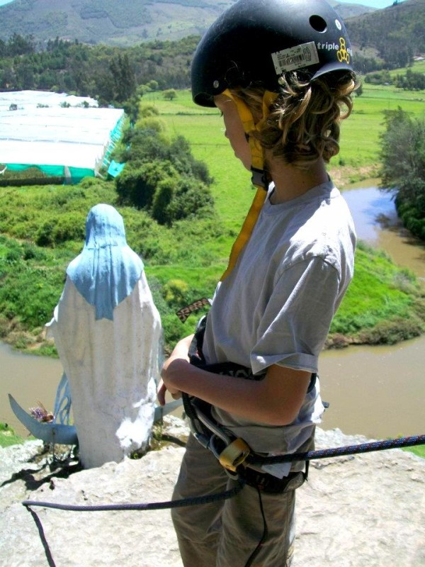 Abseiling in Suesca