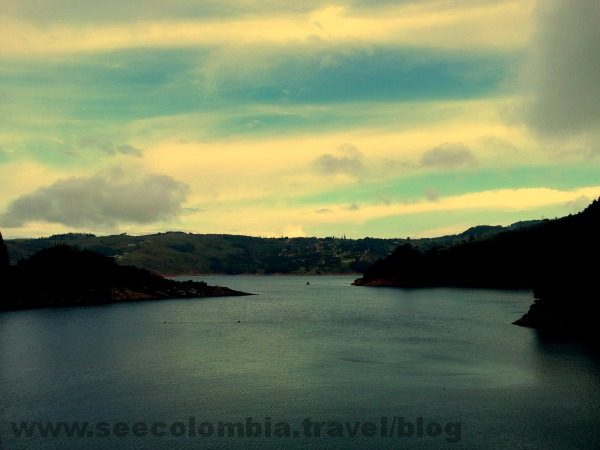 Another beautiful view of Calima Lake