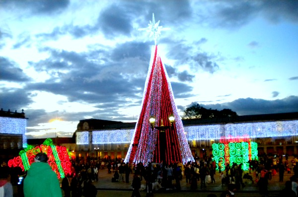 Plaza Bolivar Christmas Lights by Paul Giles