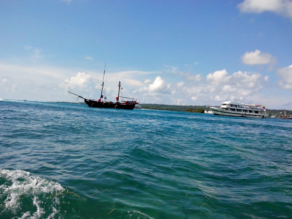 Navegando al mejor estilo pirata!