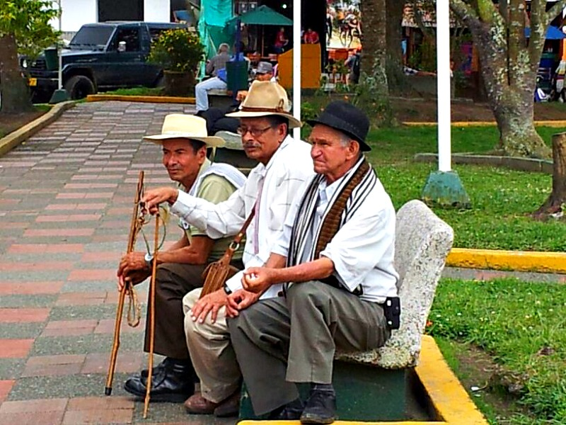 Colombian men in Quindio
