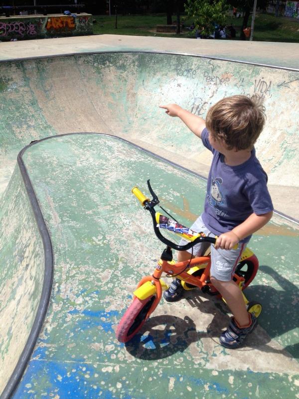 Cuidad del Rio skate park Medellin