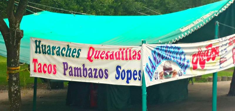 comida mexicana tlacoyos pambazos huaraches