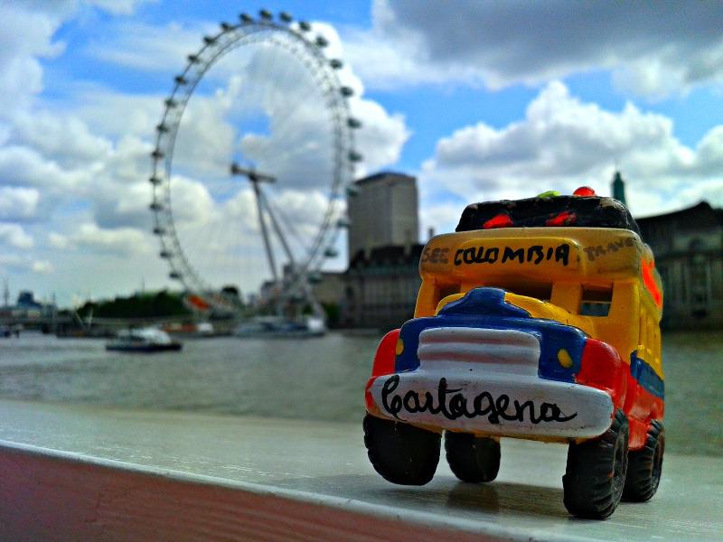 Chiva viajera en Londres