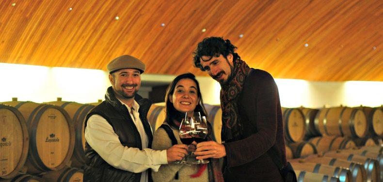 3 travel bloggers santiago chile