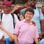Este colombiano puede ser elegido el héroe del año. ¿Lo ayudamos?