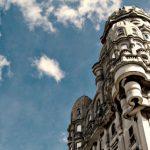 Los laberintos y fantasmas del Palacio Salvo de Montevideo (VIDEO)